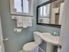 White Marlin Inn Queen Bathroom